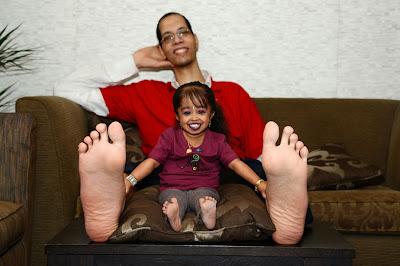 Conheça a menor mulher do mundo