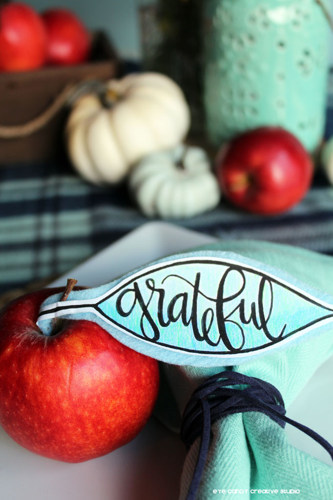 coloring placecards, apple, hand lettered decor, fall tablescape, friendsgiving