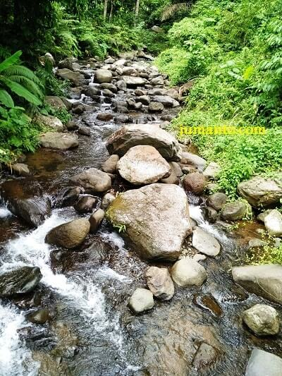 aliran air curug lamuran