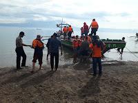 Polsek Pematang Sawa Kawal Logistik Via Jalur Laut
