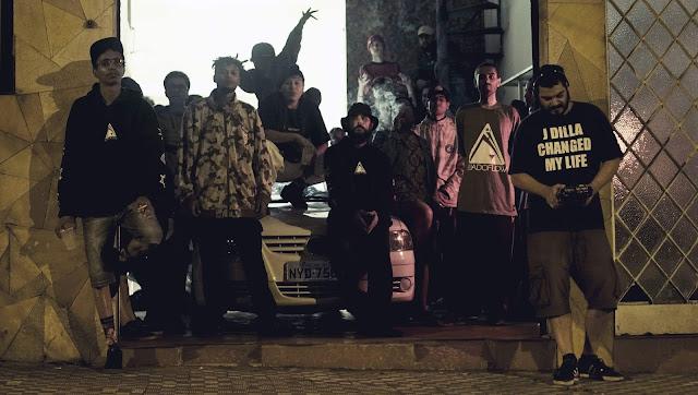 Barba Negra invade a Rua do Flow!