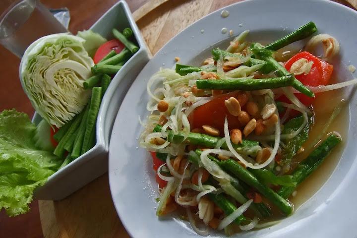 Еда в Таиланде — дополнительный овощной набор