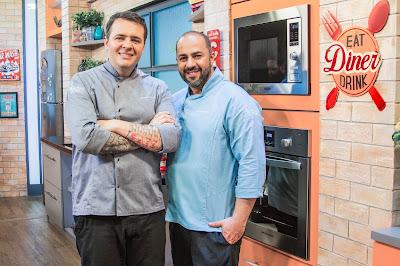 Programa é o primeiro da TV brasileira a trazer dois chefs cozinhando juntos na mesma bancada - Divulgação