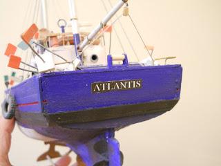 Atlantis Artesania Latina
