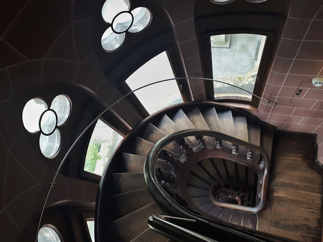 stairs in drachenburg tower