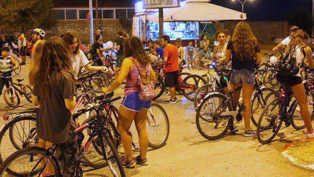 Αλεξανδρούπολη: Διεξαγωγή βραδινής Ποδηλατοβόλτας ενάντια στη Βία κατά των Γυναικών