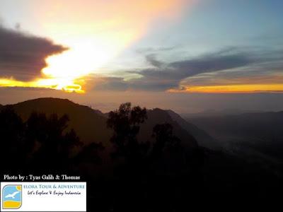 menikmati Bromo Sunrise dari Penanjakan