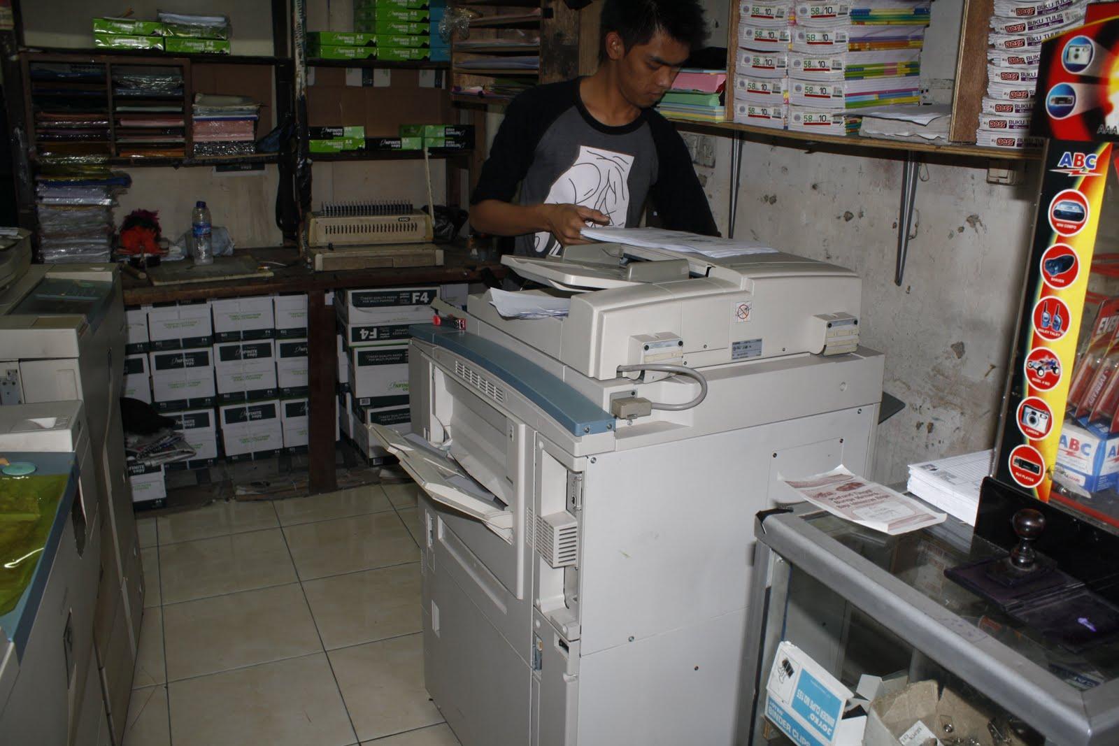Hasil gambar untuk gambar toko photocopy