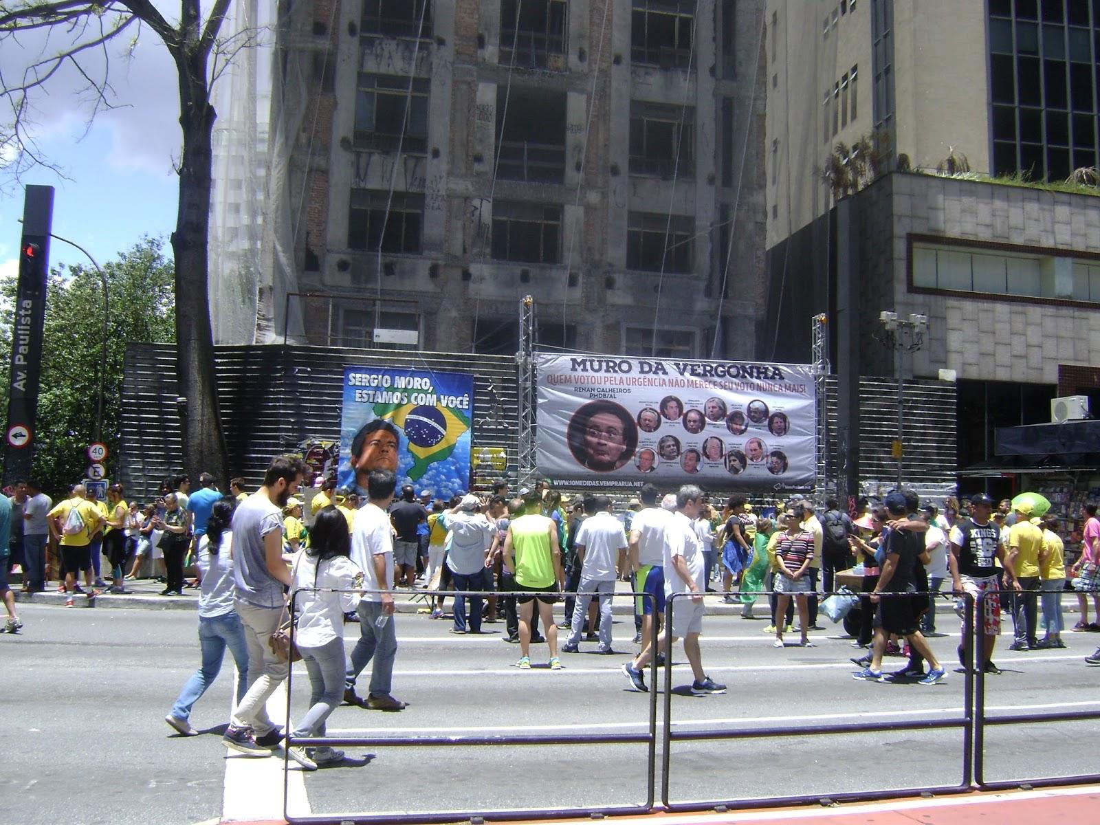 Domingo de manifestação na Paulista