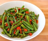 Salada de Vagem com Pimentão Assado (vegana)