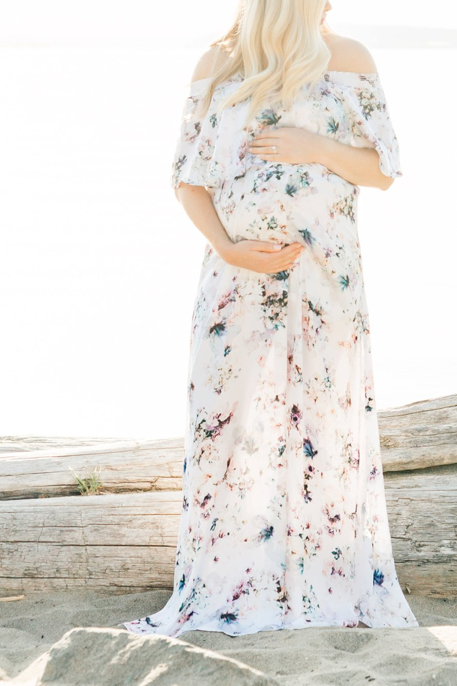 Steilacoom, Washington Beach Photography-Fine Art Maternity Session-PNW Photographers-Something Minted and More