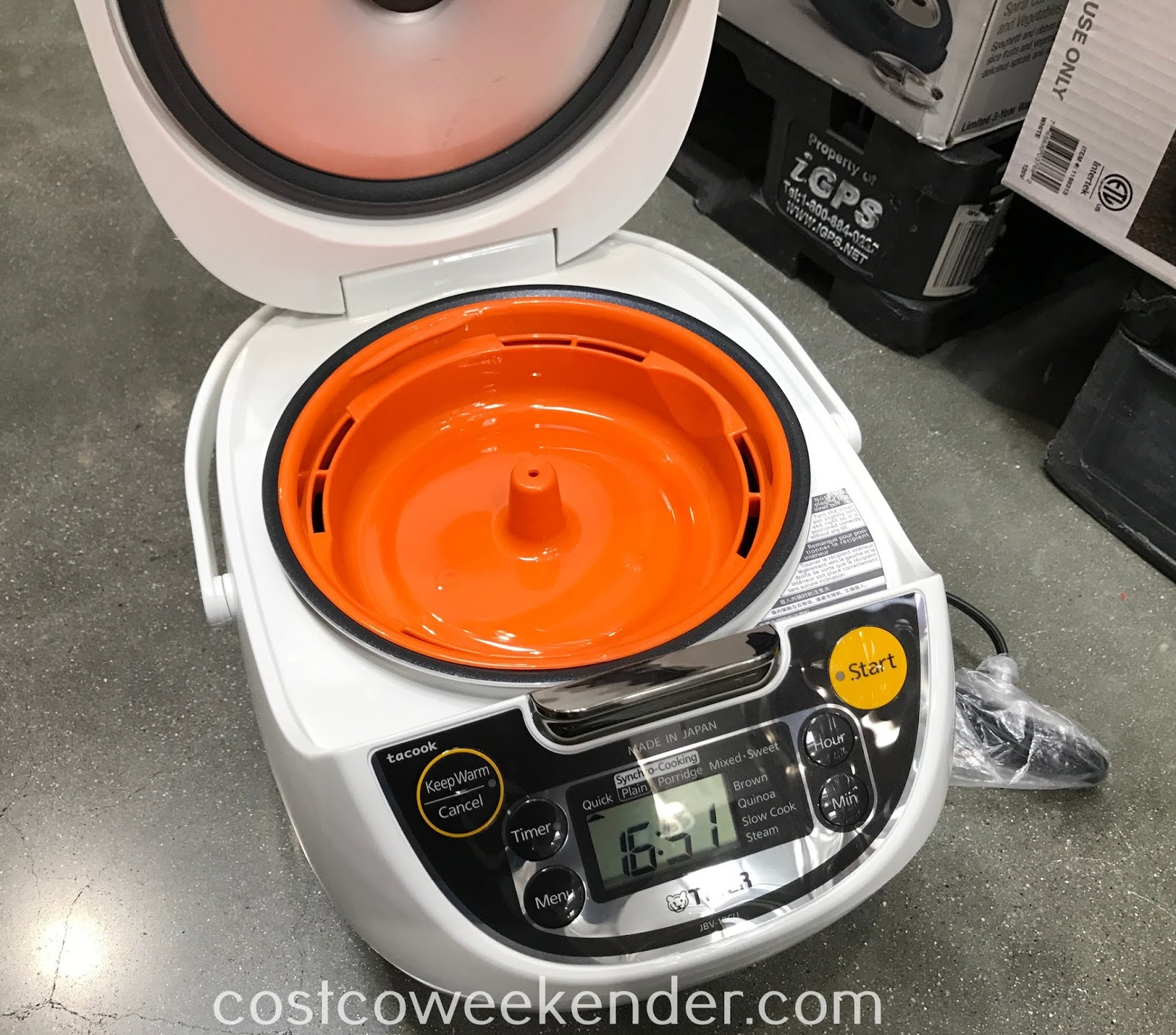 Making rice just got easier with the Tiger Rice Cooker/Warmer