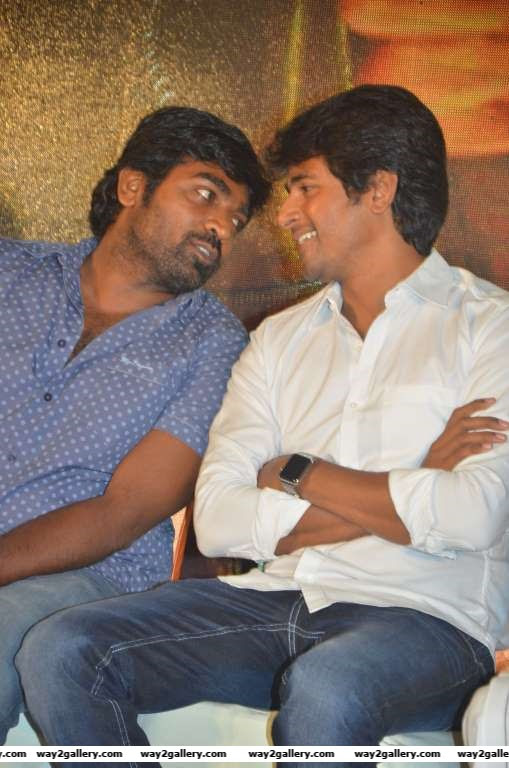 Vijay Sethupathi in conversation with Sivakarthikeyan during the audio and trailer launch of Mudinja Ivana Pudi