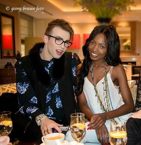 Chris Hanisch Fashionblogger itboy Model Muenchen Brenda Severin MakeUp male