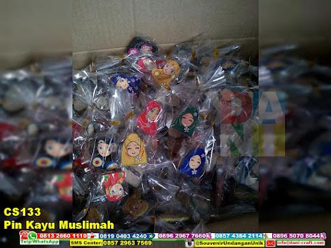 jual Pin Kayu Muslimah