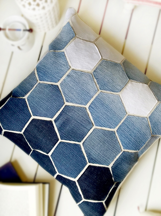 Old Jeans Hexagon Pillow Free Quilt Tutorial