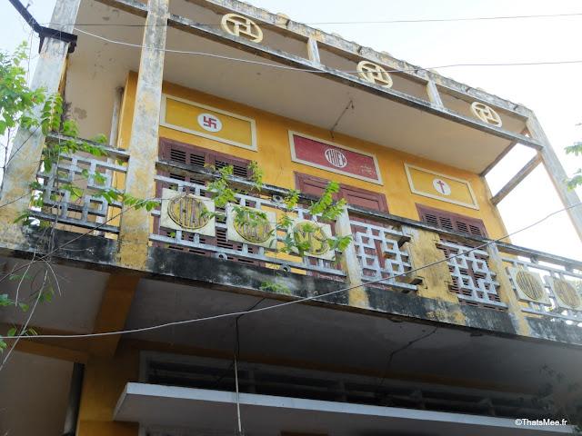 batiment architecture chinoise coloniale francaise hoi an vietnam