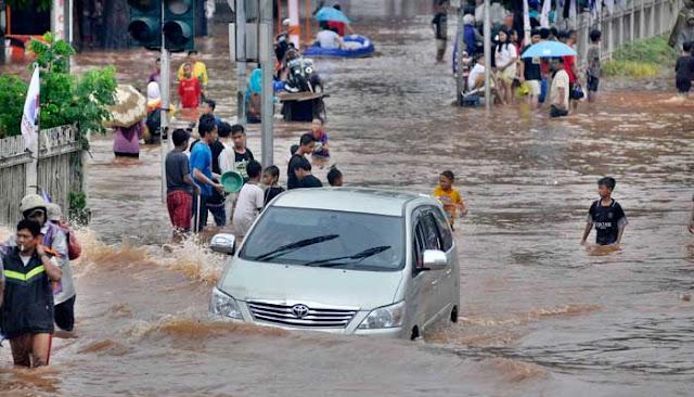 Mencari Akar Penyebab Banjir Jakarta