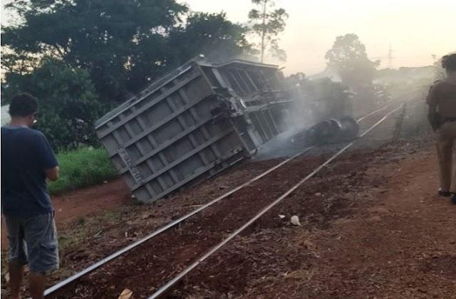 Vagões de trem descarrilham em Apucarana