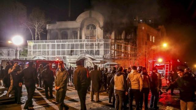 Terlalu Lama Baca Surat Waktu Shalat, Imam Masjid Ini Disiram Bensin Dan Hampir Saja Dibakar Jamaah