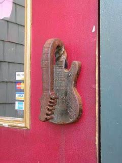 Handle Pintu Unik