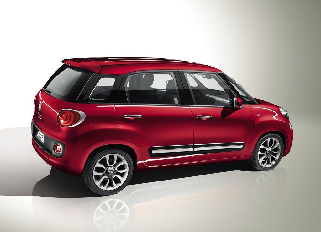 2013 fiat 500l hatchback. Black Bedroom Furniture Sets. Home Design Ideas