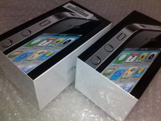 [SOLD] 2 Sets of Brand New iPhone 4 32GB (Black)