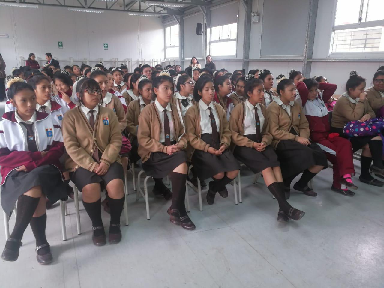 el parlamento escolar capacitó en la institución educativa nuestra