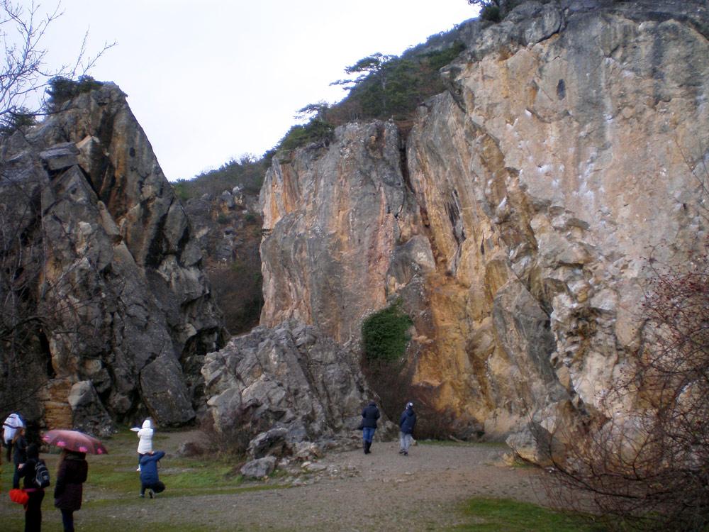 Вход в Никитское ущелье
