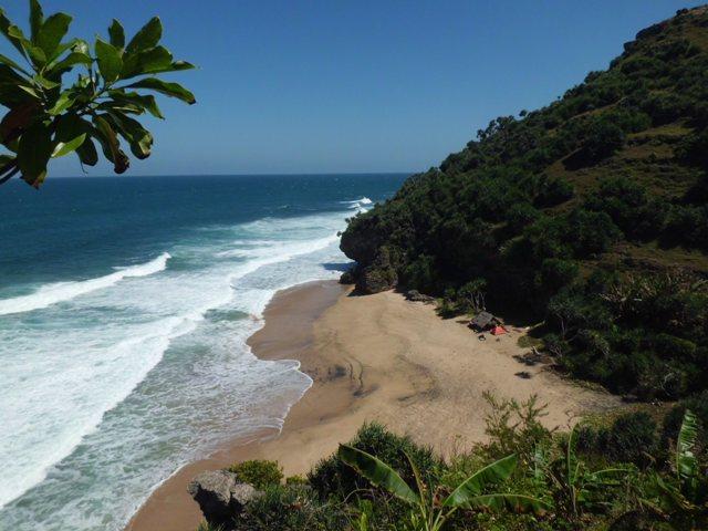 Pantai Tirang, Pantai yang Asik untuk Memancing -wisata semarang