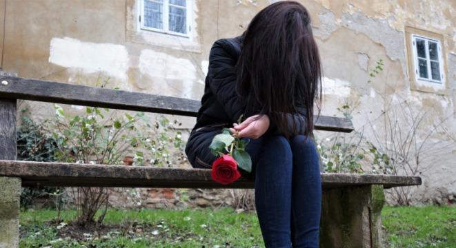 Mutsuzluk, Aldanış, Sevgi ihtiyacı