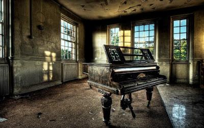 Misteri Piano Berpenghuni