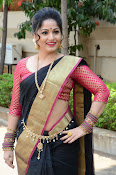 madhavi latha latest pics-thumbnail-1
