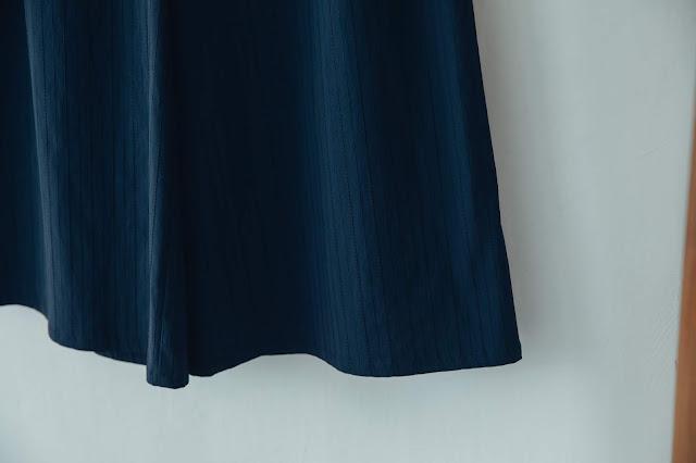 長頸鹿視角寬腳褲-琉璃藍