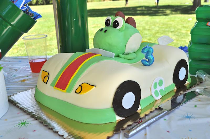 ParDIY Yoshi Birthday Party