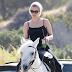 FOTOS HQ: Lady Gaga paseando en su yegua en Malibú - 23/05/16
