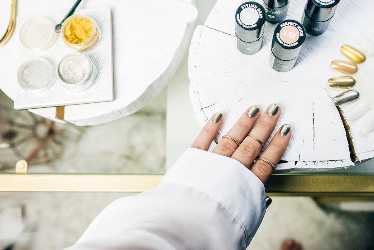 Jak Uzyskać Efekt Lustra Na Paznokciach Zrób To Sama Mirror Nails