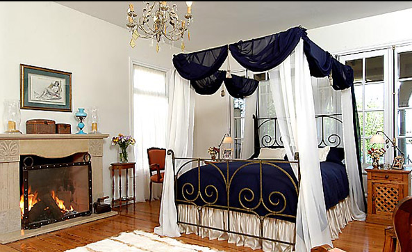 Dreamy and Romantic Full Draped Canopy Beds 11
