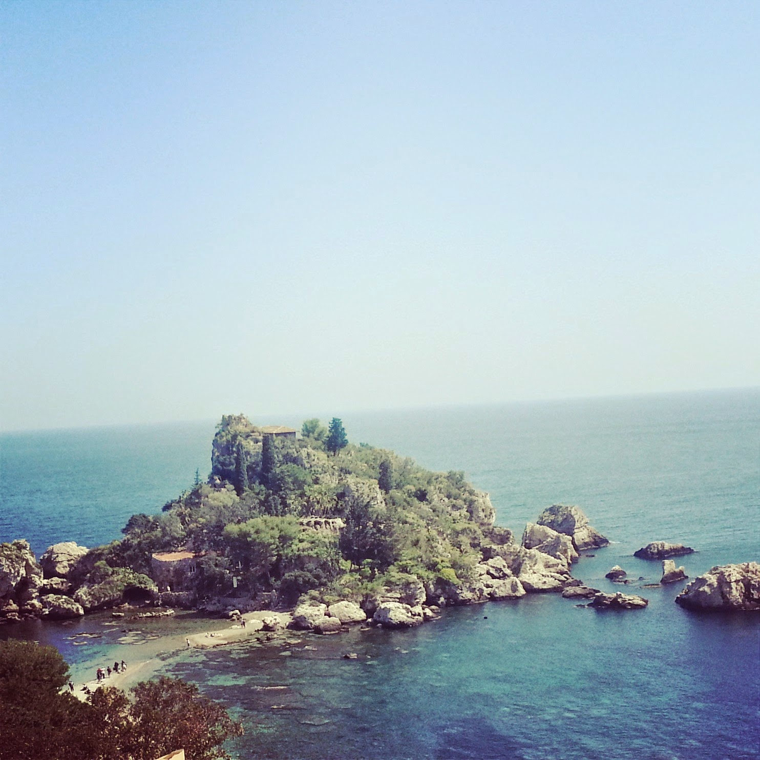 Isola Bella in Taormina | Back in Sicily on afeathery*nest  |  http://afeatherynest.blogspot.com