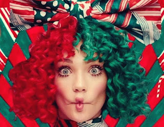 "Here's a New Chrismas Video-Sia ""Candy Cane Lane"""
