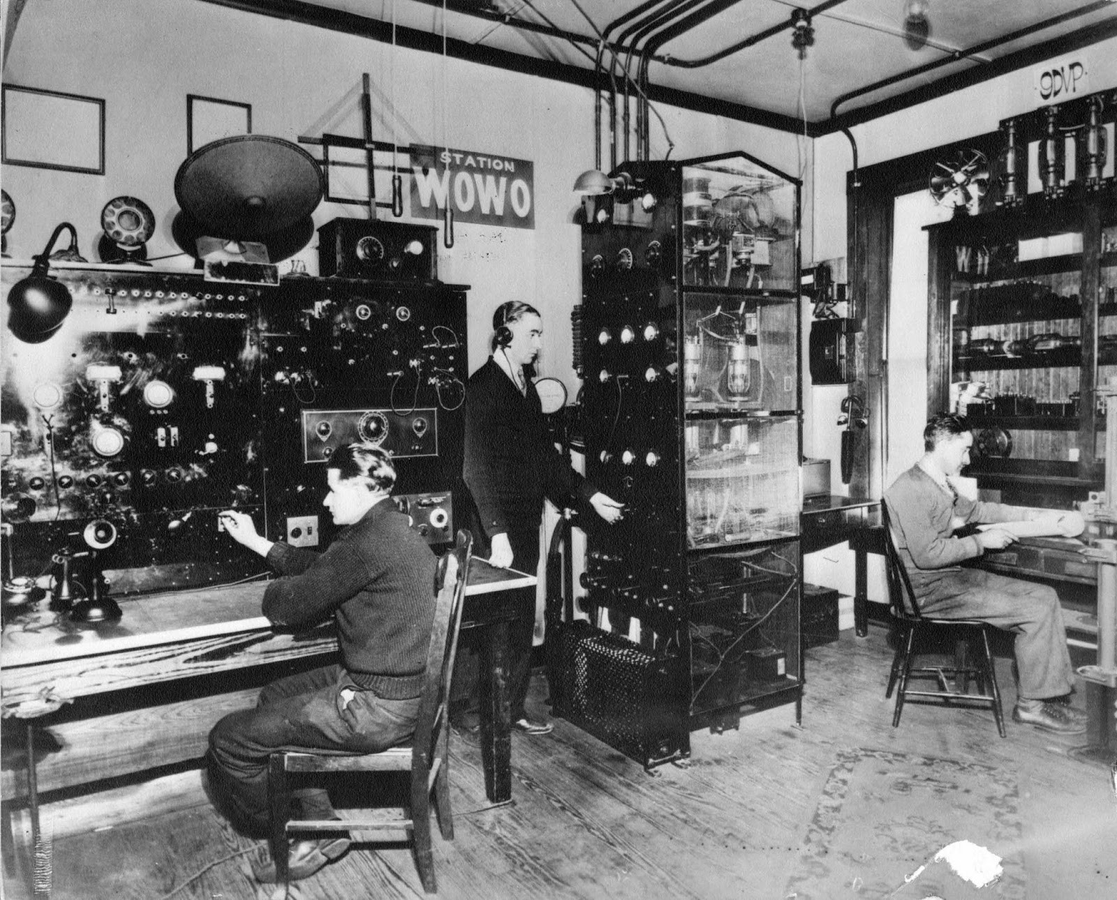 History Center Notes & Queries Early Radio in Fort Wayne