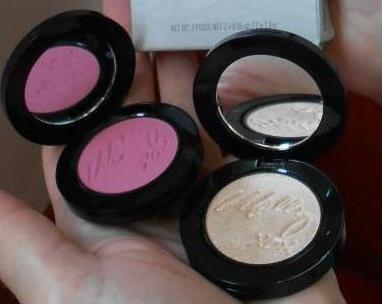 Effortlessly Airbrushed Blush and Highlighter From Mally Beauty