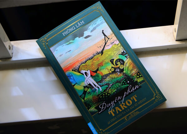 Sách Duyên Phận và Tarot - Câu chuyện về cái gọi là định mệnh