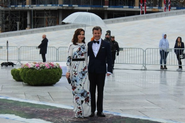 Crown Prince Frederik and Crown Princess Mary of Denmark arrive at the opera dinner in Oslo