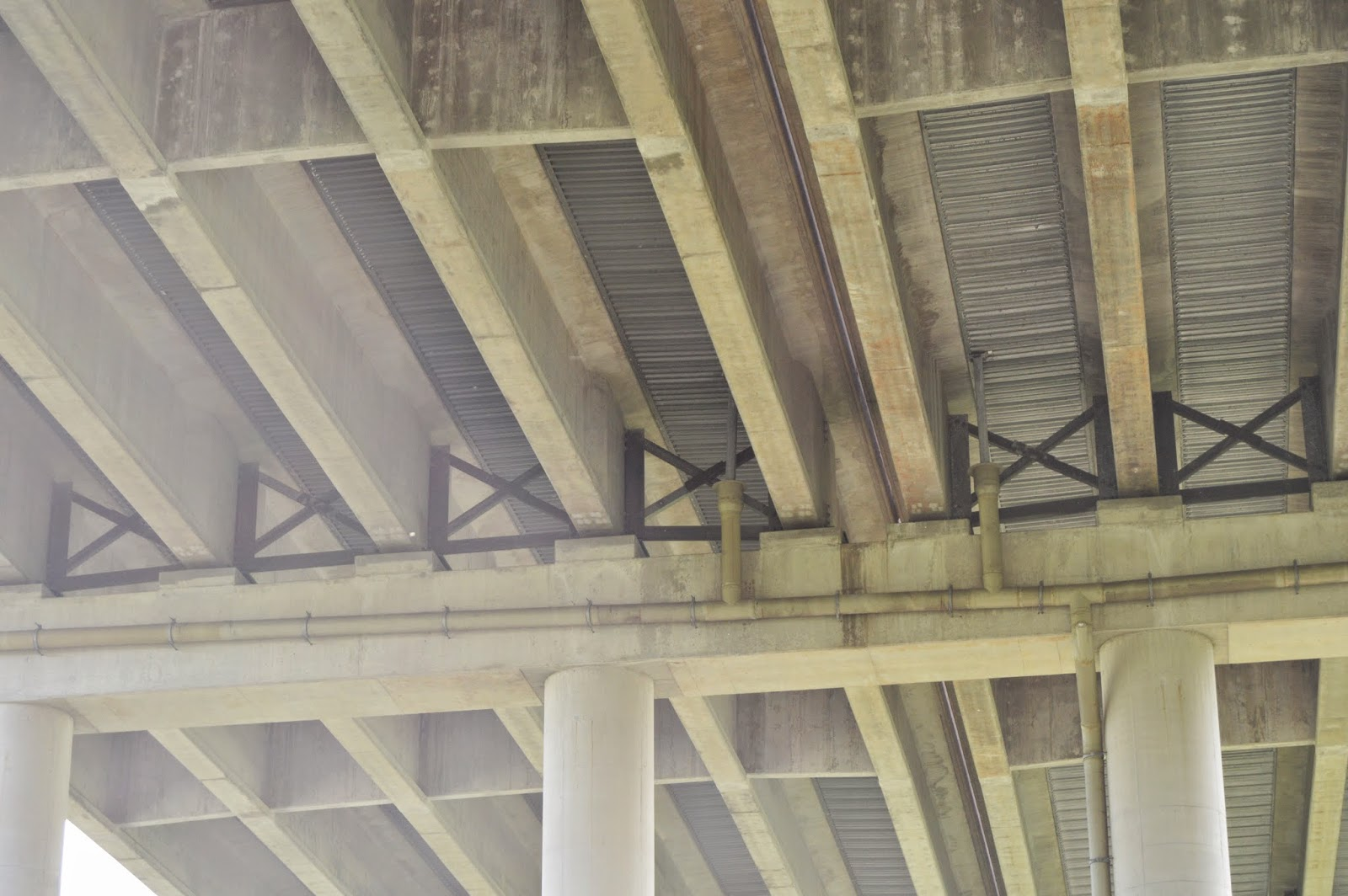 Industrial History August 2014 Bridge Camber Diagram Furthermore Warren Truss Further I Had Noticed That The Girders Looked Like Concrete Instead Of Steel So Took A Picture Very Little Sky In It To Get Good Exposure