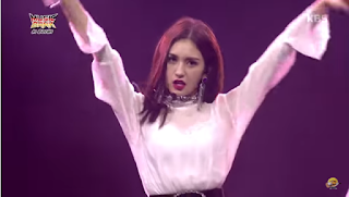"Jung Somi performing ""Rollercoaster""(Chungha) & ""Gashina""(Sunmi) at Music Bank in Berlin"