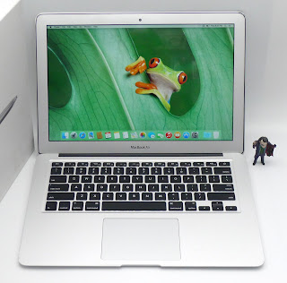 MacBook Air Core i5 13-inch, Early 2015 Fullset