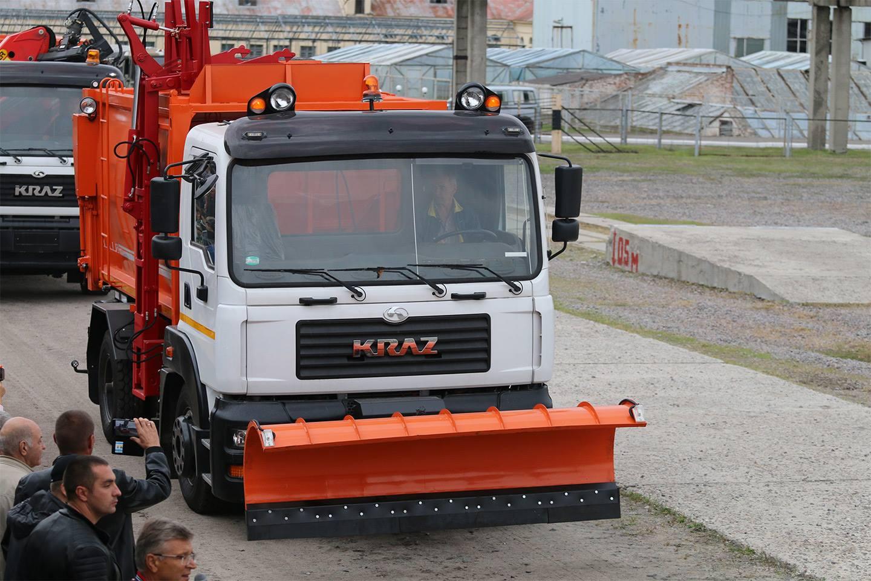 Сміттєвоз з боковим завантаженням КрАЗ-5401Н2