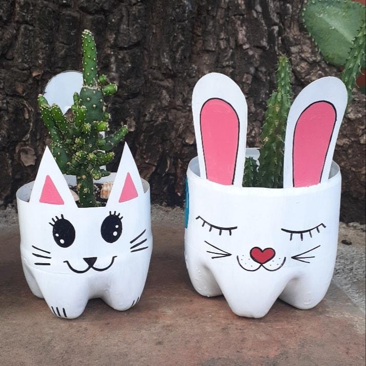 Vasinhos de Garrafa Pet Coelho