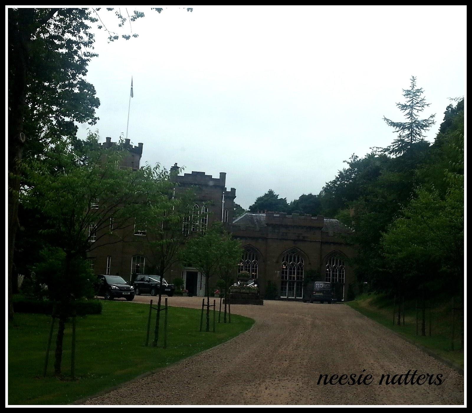 Neesie Natters: Fairy Tale Wedding at Drumtochty Castle (Part 2)